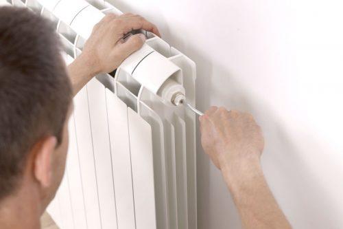 Servicio de cambio de llave de radiador