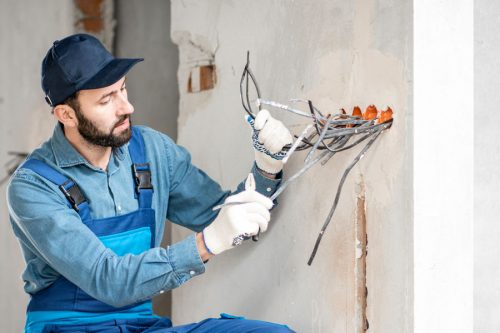 Servicio de empotrado de cableado eléctrico