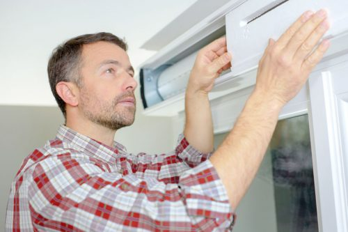 Servicio de reparación de persianas domésticas