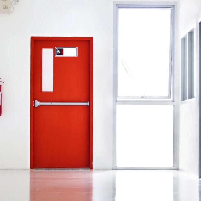 instalación de puertas cortafuegos